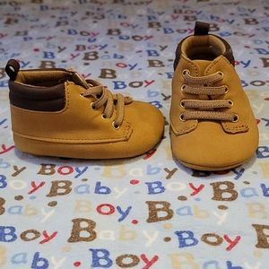 ° SZ 0-3MO • Baby Shoes °